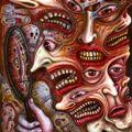 Безсилни сме, той е агресивен, особено ако стане дума за лекар и лекарства е способен на всичко